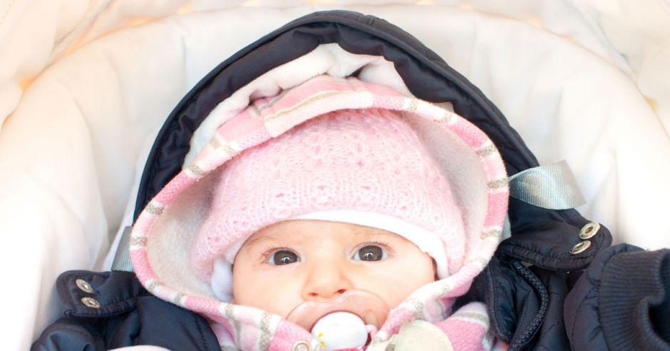 kombinezon zimowy dla niemowlęcia
