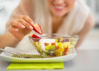 Komponowanie sałatki owocowej