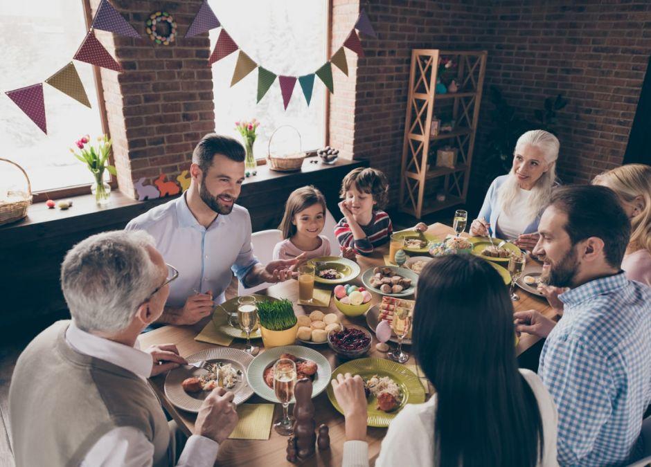 Koronawirus: czy można spotkać się z rodziną w czasie Wielkanocy?