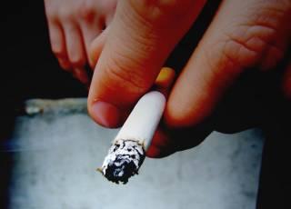 Koronawirus: czy palenie wpływa na rozwój COVID19?