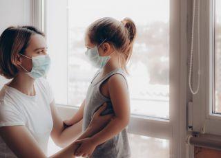 koronawirus, maseczki ochronne, mama, dziecko, choroba