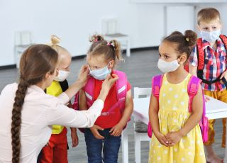 koronawirus oświadczenie o ryzyku zgonu dla rodziców w szkołach
