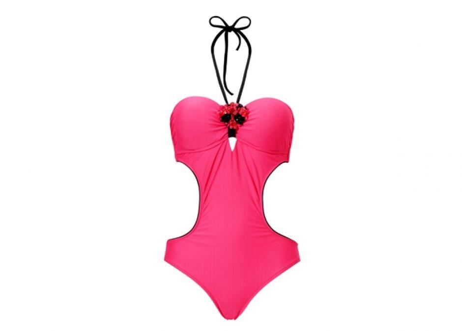 Kostiumy kąpielowe modelujące talię