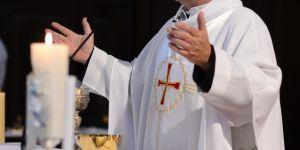 Ksiądz podczas mszy wyprosił dziecko z kościoła