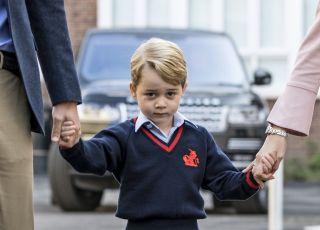 Książę George sprawia kłopoty w szkole