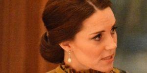 Księżna Kate w sukni Erdem HIT sukienka ciążowa długa