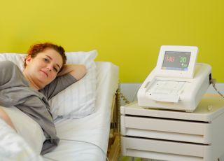 ktg, ktg w ciąży, ktg skurcze, ktg płodu, kardiotokografia, badania w ciąży, tętno płodu, skurcze porodowe
