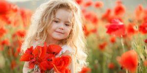 Kwiatowe imiona dla dziewczynek