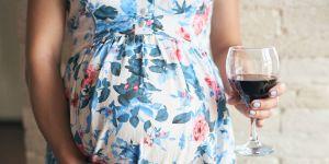 Lampka wina w ciąży