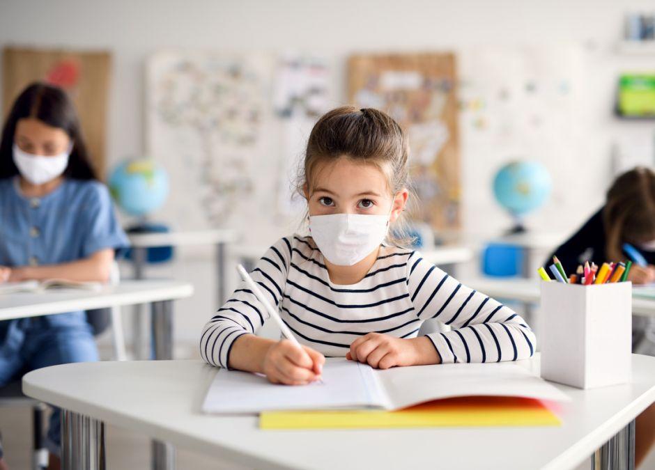 lekcje w szkołach skrócone do 30 minut
