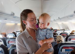 Lot samolotem z małym dzieckiem
