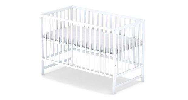 klasyczne łóżeczko dla niemowlaka