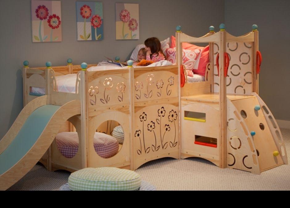 łóżko, plac zabaw, pokój dziecka