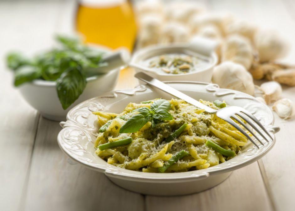makaron, sos, spaghetti, pesto, bazylia