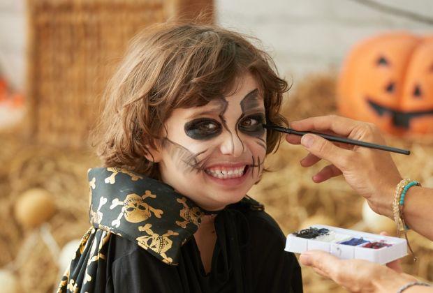 makijaż dla dziecka DIY na Halloween
