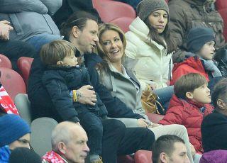 Małgorzata Rozenek i Radosław Majdan z dziećmi
