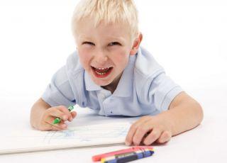 maluch, dziecko, rysowanie