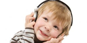 maluch, muzyka, słuchawki, słuch, przedszkolak