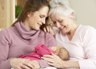 mama, babcia, noworodek