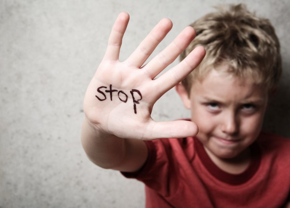 mama chłopca, który zgłosił przemoc domową, walczy o opiekę nad nim