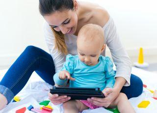 mama, dziecko, komputer