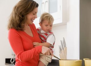mama, dziecko, kuchnia, gotowanie