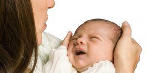 mama, dziecko, niemowlę, płacz