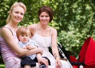 mama, dziecko, spacer, wiosna, lato, wózek