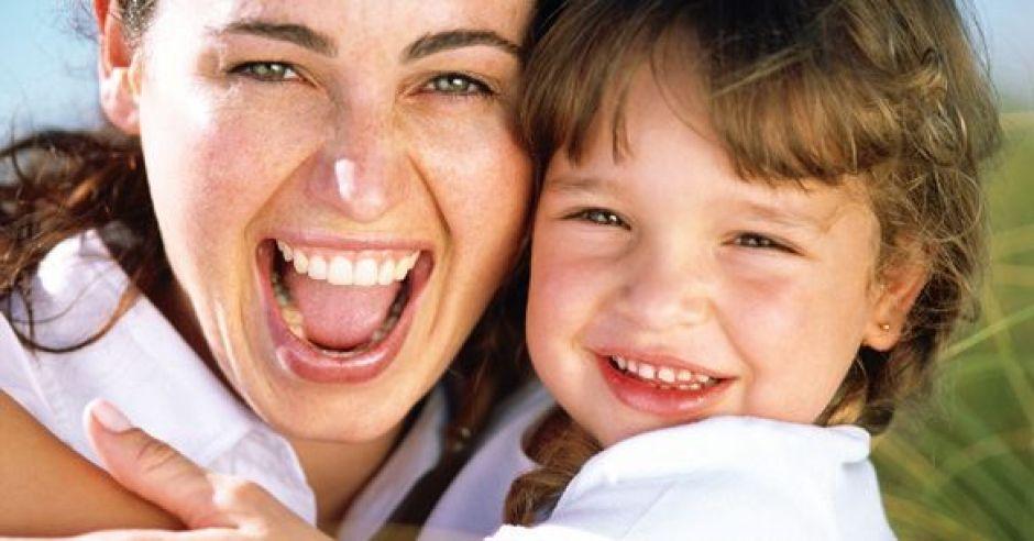 mama, dziecko, uśmiech