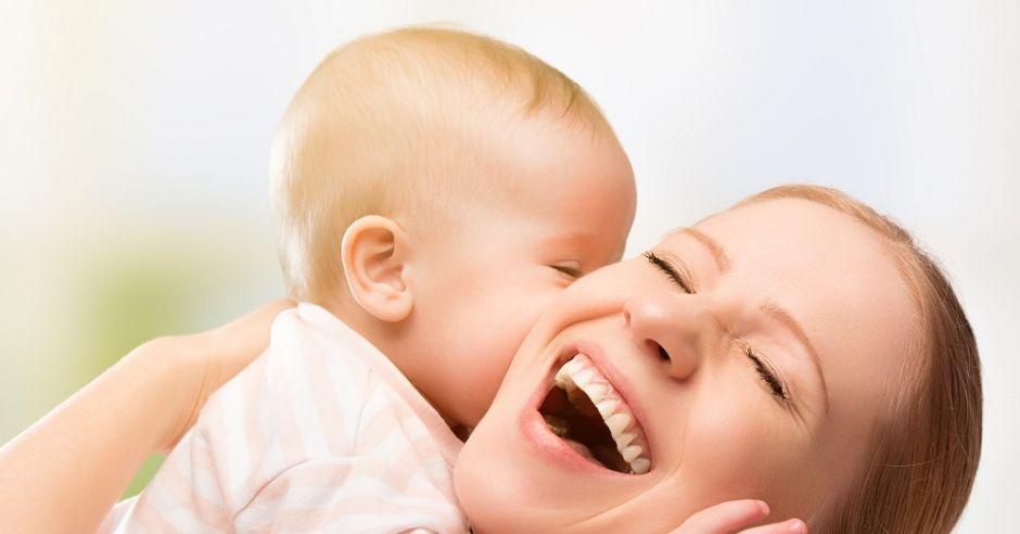 mama, dziecko, uśmiech, radość