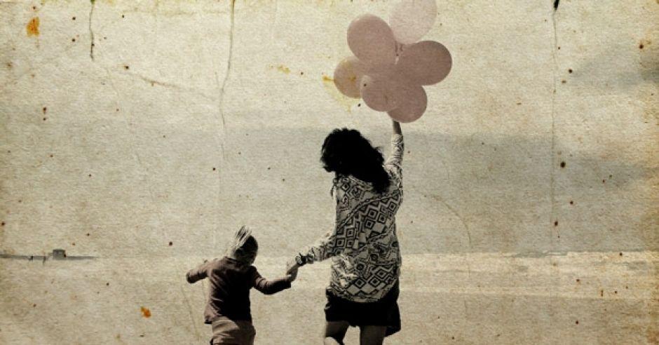 mama, dziecko, wakacje, balony