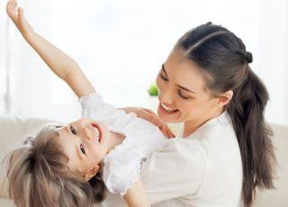 mama, dziecko, zabawa, śmiech, radość, emocje