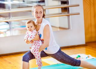 mama fitness joga z dzieckiem