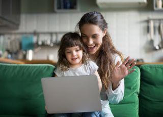 mama i córka, niania online