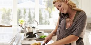 Mama i dziecko w chuście