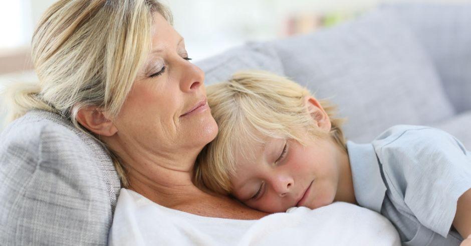 mama i syn śpią