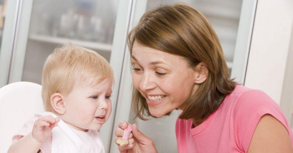 mama, karmienie, niemowlę, niejadek