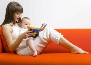 mama, niemowlę, czytać, książeczka