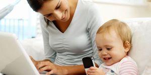 mama, niemowlę, komputer, praca
