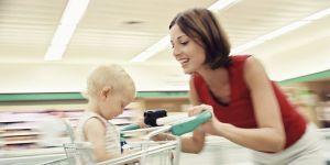 mama, niemowlę, zakupy, sklep
