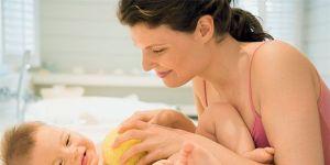 mama, noworodek, pielęgnacja ciała