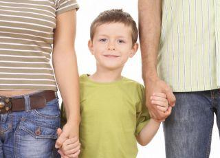 mama, tata, dziecko, rodzice, nieśmiałe dziecko