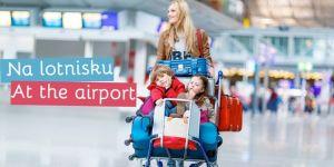 mama w podróży - rozmówki angielskie - na lotnisku z dzieckiem