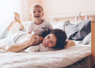 Mama wymyśliła ubranko dla synka chorego na atopowe zapalenie skóry