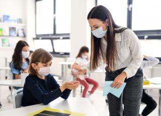 maseczki w szkole nielegalne