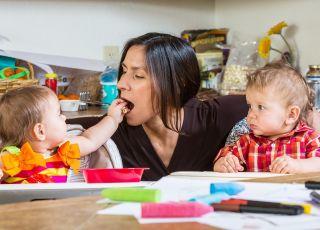 Matki przemęczone pracą w domu