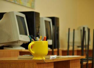 MEN przygotowuje szkoły do zdalnego nauczania od września