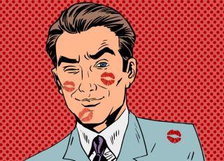Mężczyzna cały w całusach ze szminki