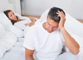Mężczyzna mający zaburzenia erekcji