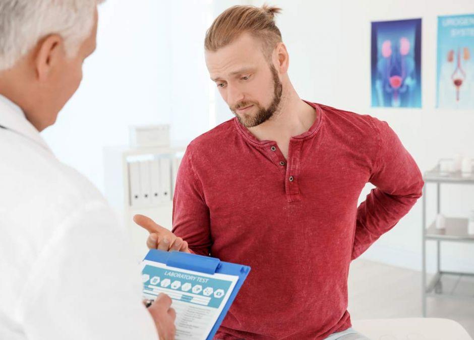 mężczyzna u urologa